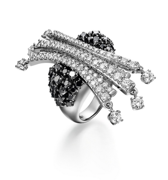 > 行业奖项 > 中国(深圳)国际珠宝首饰设计大赛 > 获奖作品展示  设计