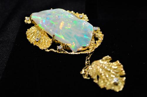 澳大利亚皇室欧泊有限公司(Majestic Opals)的精美欧泊饰品